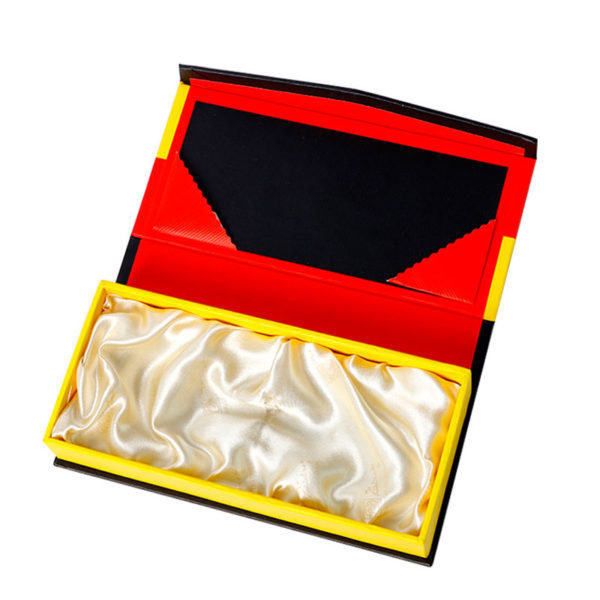 Custom Book Shape Magnetic Closure Paper Gift Packaging Box with Insert Wholesale