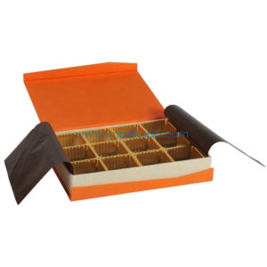 Luxury Retail Chocolate Packaging Gift Paper Box with Cardboard Inlay
