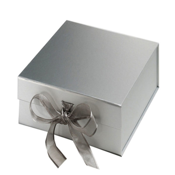 Plain gray Magnet Folding Paper Flat Pack Packaging Box Luxury Magnetic Gift Box with Ribbon Closure